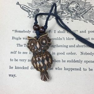 Jewelry - Adorable Carved Wooden Owl Necklace